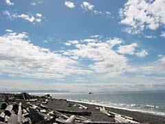 TLptRoberts.jpg Landscapes - Water clouds blue coastline